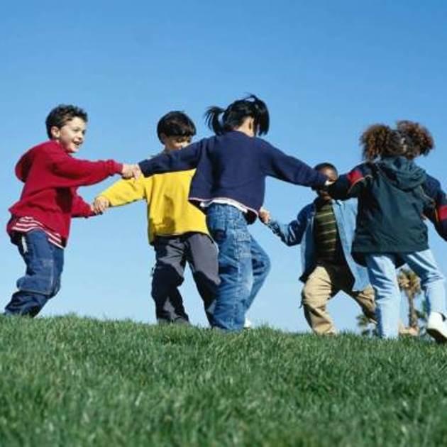 http://strategievincenti.net/wp-content/uploads/giochi-con-i-bambini1.jpg